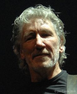 Roger_Waters_01-thumb-375xauto-14296